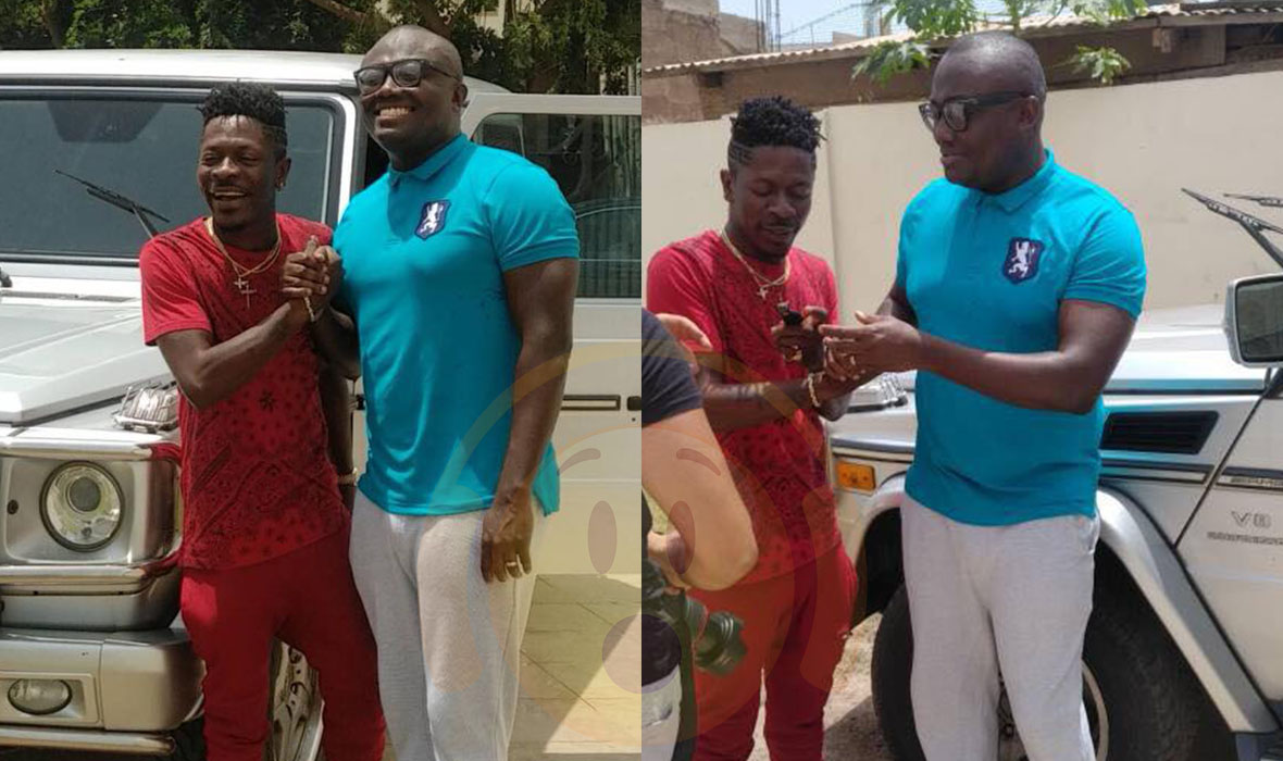 Photo of Shatta Wale receives a Mercedes Benz G-Wagon as birthday present from EIB Records