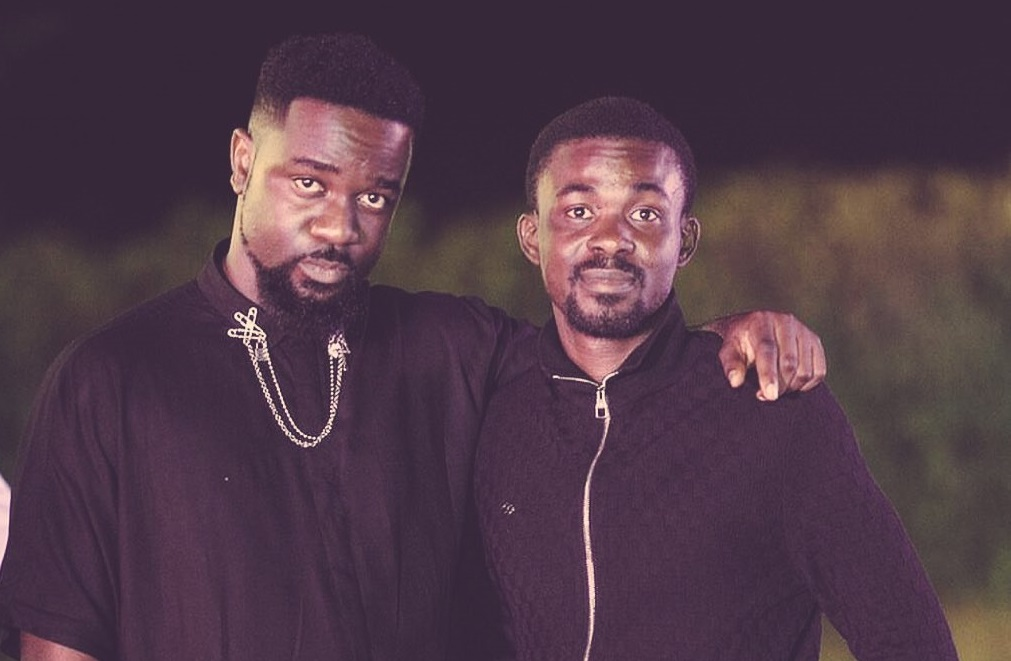 Photo of Sarkodie Finally Breaks Silence On Reports That He's Joining Zylofon Music