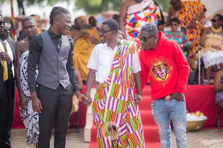 Photo of WATCH: Shatta Wale & Stonebeoy 'Reunite' in Kumasi