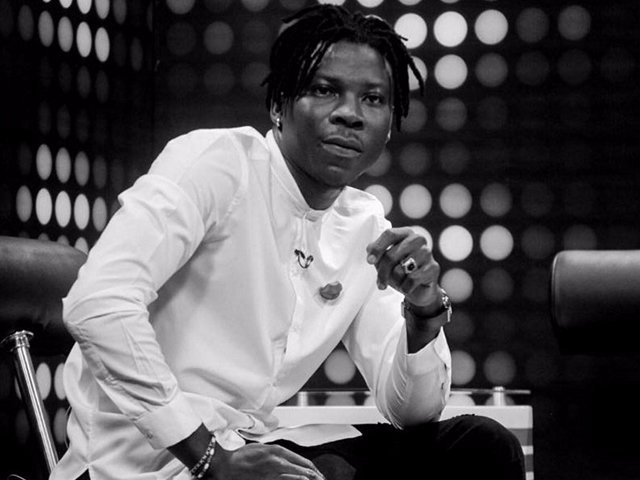 """Photo of Video: """"Even if you abuse water you will die, so why Tramadol?""""- Stonebwoy cautions youth"""