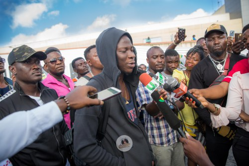 "Photo of I want to see more Ghanaian Artistes perform at ""Best Of The Best"" Concert – Stonebwoy"