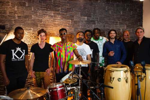 """Photo of Kofi Kinaata shoots live session for """"The Whole Show"""" on tour in Switzerland"""