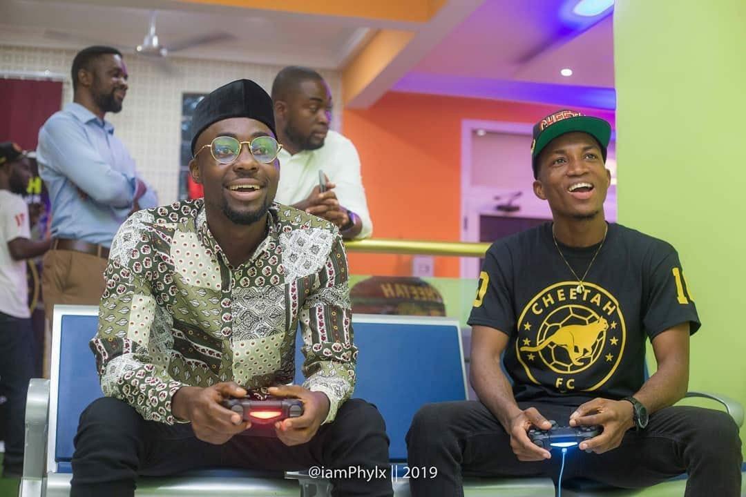Photo of TeePhlow 'Whips' Kofi Kinaata