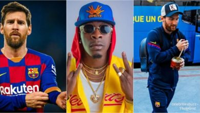 Photo of Shatta Wale's Borjor Being Played Live in FC Barcelona Dressing Room