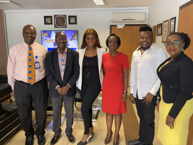 Wendy Shay meets with the FDA Board over Ban issues.