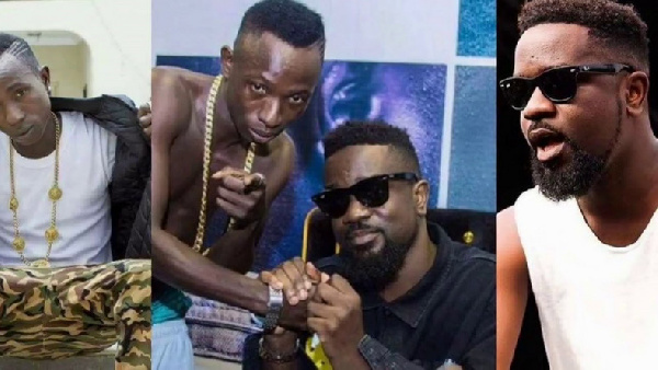 Watch: Patapaa drops a hot freestyle to battle Sarkodie