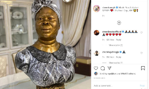 Stonebwoy unveils golden statue on Mother's Day to celebrate late mother