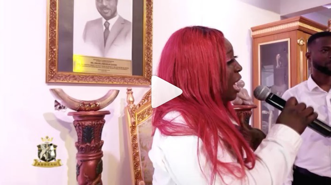 Video: Kidi, others in tears as Eno Barony leads worship