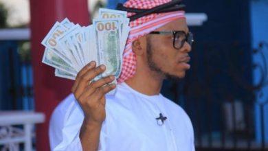 Photo of Obinim flaunts US$100 notes to celebrate 'freedom'