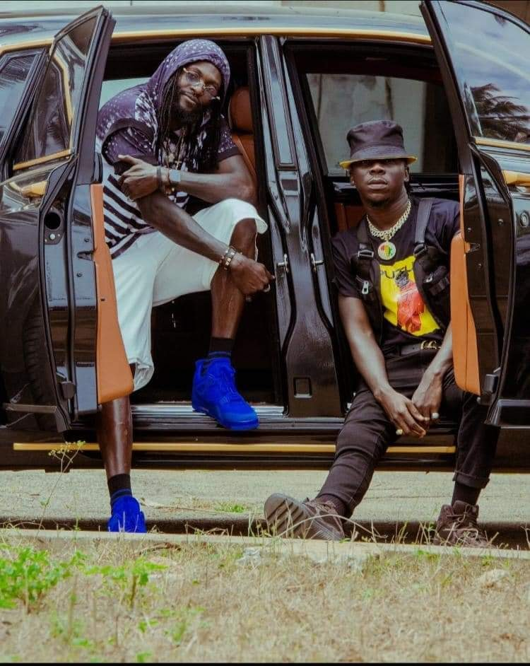"Adebayor stars in Stonebwoy's ""Putuu Freestyle"" video"
