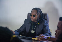 """Photo of Kahpun sends a strong warning to all politicians through """"Election Time"""" song. Features Comedian Ajeezay in the visuals."""